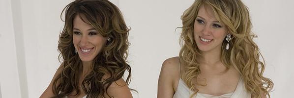 Hillary Duff e irmã em cena de filme